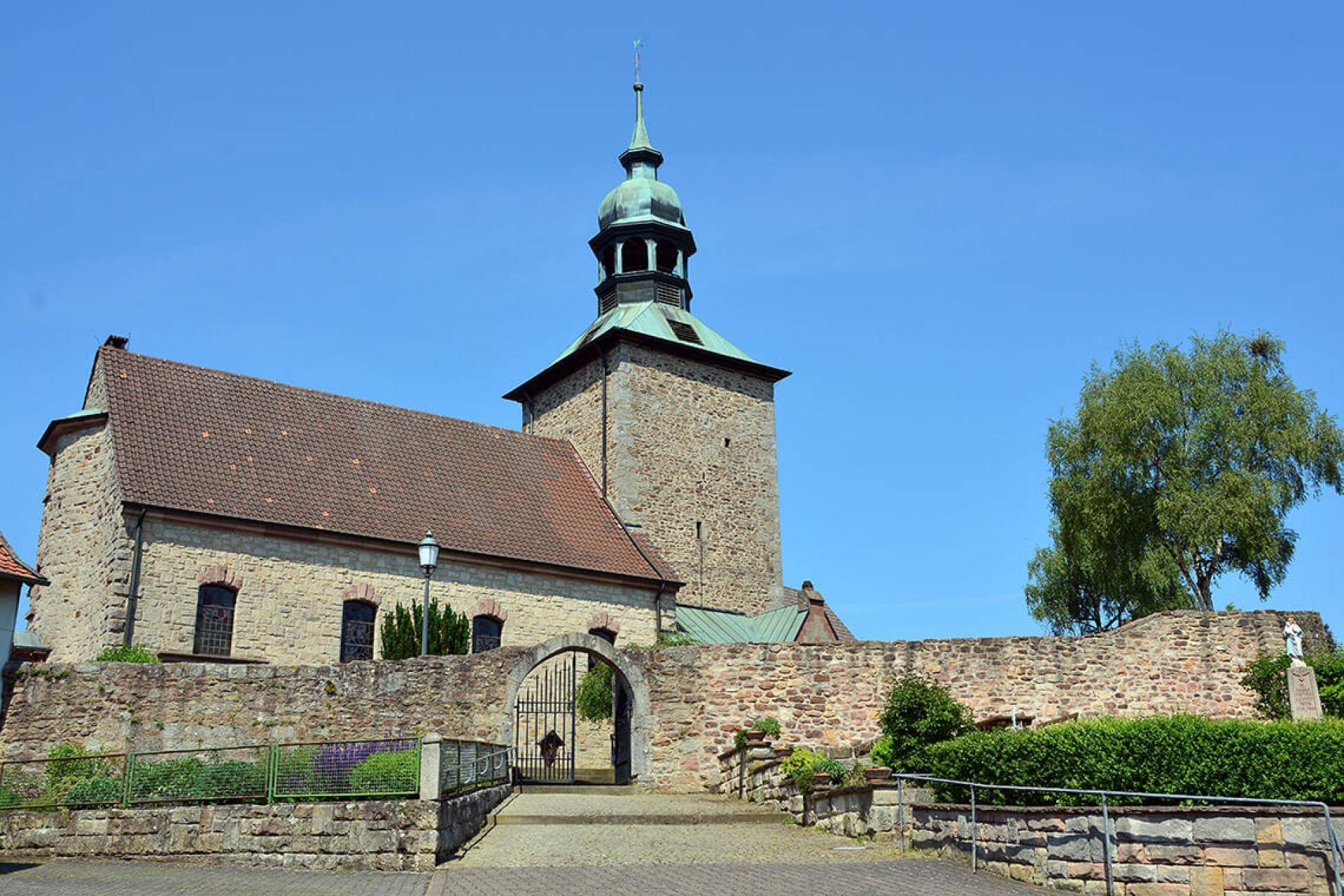 Wehrkirche in Ried